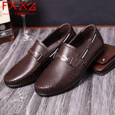 Leather Casual Doug ShoesFlats &amp; Loafers<br>Leather Casual Doug Shoes<br><br>Available Size: 38?39?40?41?42?43?44<br>Closure Type: Slip-On<br>Embellishment: Metal<br>Gender: For Men<br>Occasion: Dress<br>Outsole Material: Rubber<br>Package Contents: 1xshoes(pair)<br>Pattern Type: Solid<br>Season: Summer, Winter, Spring/Fall<br>Toe Shape: Round Toe<br>Toe Style: Closed Toe<br>Upper Material: Full Grain Leather<br>Weight: 1.5600kg