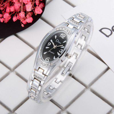 DS033 Women Oval Face Analog Quartz Metal Bracelet Wrist WatchWomens Watches<br>DS033 Women Oval Face Analog Quartz Metal Bracelet Wrist Watch<br><br>Band material: Zinc Alloy<br>Band size: 19.7 x 0.7 CM<br>Case material: Alloy<br>Clasp type: Sheet folding clasp<br>Dial size: 2 x 2.5 x 0.9 CM<br>Display type: Analog<br>Movement type: Quartz watch<br>Package Contents: 1 x Watch<br>Package size (L x W x H): 20.00 x 4.00 x 1.00 cm / 7.87 x 1.57 x 0.39 inches<br>Package weight: 0.0410 kg<br>Product size (L x W x H): 19.70 x 2.00 x 0.90 cm / 7.76 x 0.79 x 0.35 inches<br>Product weight: 0.0390 kg<br>Shape of the dial: Elliptical<br>Special features: Day<br>Watch mirror: Mineral glass<br>Watch style: Fashion, Business, Retro, Lovely, Wristband Style, Jewellery, Casual<br>Watches categories: Women,Female table<br>Water resistance: No