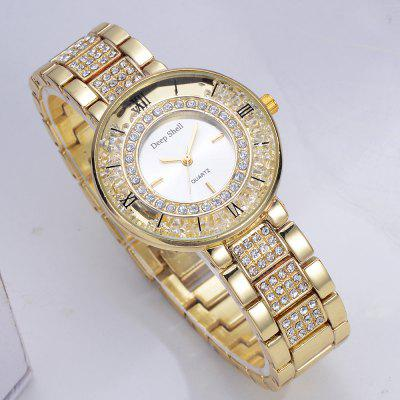 DP001 Women Alloy Band Analog Quartz WatchesWomens Watches<br>DP001 Women Alloy Band Analog Quartz Watches<br><br>Band material: Zinc Alloy<br>Band size: 19.8 x 1.7 CM<br>Case material: Alloy<br>Clasp type: Sheet folding clasp<br>Dial size: 3.4 x 3.4 x 0.8 CM<br>Display type: Analog<br>Movement type: Quartz watch<br>Package Contents: 1 x Watch<br>Package size (L x W x H): 24.00 x 4.50 x 1.00 cm / 9.45 x 1.77 x 0.39 inches<br>Package weight: 0.0790 kg<br>Product size (L x W x H): 19.80 x 3.40 x 0.80 cm / 7.8 x 1.34 x 0.31 inches<br>Product weight: 0.0770 kg<br>Shape of the dial: Round<br>Special features: Day<br>Watch mirror: Mineral glass<br>Watch style: Fashion, Business, Retro, Lovely, Wristband Style, Jewellery, Casual<br>Watches categories: Women,Female table<br>Water resistance: Life water resistant