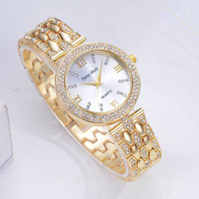 DP004 Women Fashion Crystal Accent Bezel Analog Quartz WatchWomens Watches<br>DP004 Women Fashion Crystal Accent Bezel Analog Quartz Watch<br><br>Band material: Zinc Alloy<br>Band size: 20.5 x 1.6 CM<br>Case material: Alloy<br>Clasp type: Sheet folding clasp<br>Dial size: 3.5 x 3.5 x 0.8 CM<br>Display type: Analog<br>Movement type: Quartz watch<br>Package Contents: 1 x Watch<br>Package size (L x W x H): 24.00 x 4.50 x 1.00 cm / 9.45 x 1.77 x 0.39 inches<br>Package weight: 0.0650 kg<br>Product size (L x W x H): 20.50 x 3.50 x 0.80 cm / 8.07 x 1.38 x 0.31 inches<br>Product weight: 0.0630 kg<br>Shape of the dial: Round<br>Special features: Day<br>Watch mirror: Mineral glass<br>Watch style: Fashion, Business, Retro, Lovely, Wristband Style, Jewellery, Casual<br>Watches categories: Women,Female table<br>Water resistance: Life water resistant
