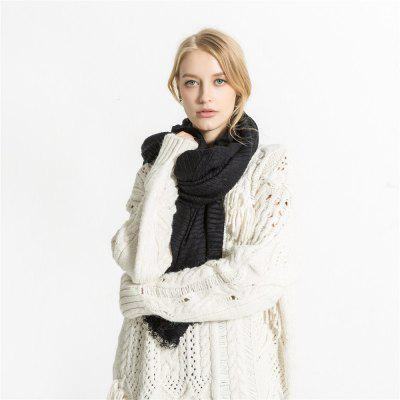 M1764 Solid Fringed Scarf FoldWomens Scarves<br>M1764 Solid Fringed Scarf Fold<br><br>Elasticity: Elastic<br>Gender: For Women<br>Group: Adult<br>Material: Acrylic<br>Package Contents: 1 x scarf<br>Package weight: 0.2180 kg<br>Product weight: 0.2180 kg<br>Scarf Type: Scarf<br>Season: Fall, Winter, Spring<br>Style: Fashion