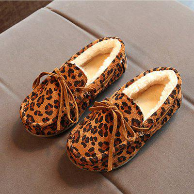 New Girls Peas Plus Velvet Warm Fur Cotton Children Slip-Ons ShoesGirls shose<br>New Girls Peas Plus Velvet Warm Fur Cotton Children Slip-Ons Shoes<br><br>Available Size: 21 22 23 24 25 26 27 28 29 30 31 32 33 34 35 36<br>Embellishment: Pattern<br>Gender: Unisex<br>Item Type: Childrens Flats<br>Package Contents: 1 x  Pair of Shoes<br>Package weight: 0.5000 kg<br>Seasons: Winter,Spring/Fall<br>Upper Material: Flock