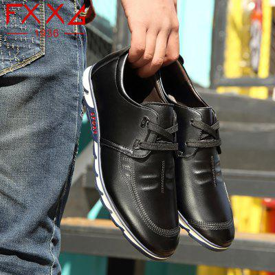 Sports and Leisure Flat Sole ShoesMen's Oxford<br>Sports and Leisure Flat Sole Shoes<br><br>Available Size: 38?39?40?41?42?43?44<br>Closure Type: Lace-Up<br>Embellishment: Metal<br>Gender: For Men<br>Outsole Material: Rubber<br>Package Contents: 1xshoes(pair)<br>Pattern Type: Solid<br>Season: Summer, Winter, Spring/Fall<br>Toe Shape: Round Toe<br>Toe Style: Closed Toe<br>Upper Material: Microfiber<br>Weight: 1.5600kg