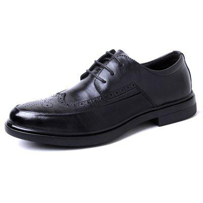 Leather Rubber Sole Business Casual ShoesFormal Shoes<br>Leather Rubber Sole Business Casual Shoes<br><br>Available Size: 41 42 43 44<br>Closure Type: Lace-Up<br>Embellishment: None<br>Gender: For Men<br>Outsole Material: Rubber<br>Package Contents: 1 xshoes(pair)<br>Pattern Type: Solid<br>Season: Spring/Fall<br>Shoe Width: Medium(B/M)<br>Toe Shape: Round Toe<br>Toe Style: Closed Toe<br>Upper Material: Cow Split<br>Weight: 2.4750kg