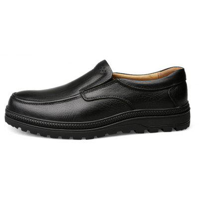 Rubber Bottom Massage Men Casual Leather ShoesMen's Sneakers<br>Rubber Bottom Massage Men Casual Leather Shoes<br><br>Available Size: 41 42 43 44<br>Closure Type: Lace-Up<br>Embellishment: None<br>Gender: For Men<br>Outsole Material: Rubber<br>Package Contents: 1 xshoes(pair)<br>Pattern Type: Solid<br>Season: Spring/Fall<br>Shoe Width: Medium(B/M)<br>Toe Shape: Round Toe<br>Toe Style: Closed Toe<br>Upper Material: Full Grain Leather<br>Weight: 2.4750kg