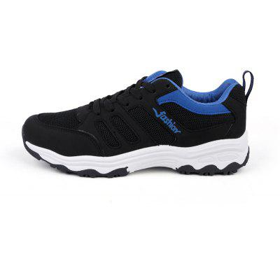 2018 Breathable Mens Outdoor ShoesMen's Sneakers<br>2018 Breathable Mens Outdoor Shoes<br><br>Available Size: 40,41,42,43,44<br>Closure Type: Lace-Up<br>Feature: Breathable<br>Gender: For Men<br>Outsole Material: Rubber<br>Package Contents: 1xShoes(pair)<br>Package Size(L x W x H): 30.00 x 20.00 x 10.00 cm / 11.81 x 7.87 x 3.94 inches<br>Package weight: 0.8000 kg<br>Pattern Type: Others<br>Season: Spring/Fall<br>Upper Material: Cloth