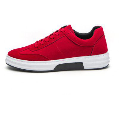 New Style Suede Breathable Mens Running ShoesMen's Sneakers<br>New Style Suede Breathable Mens Running Shoes<br><br>Available Size: 40,41,42,43,44<br>Closure Type: Lace-Up<br>Feature: Breathable<br>Gender: For Men<br>Outsole Material: Rubber<br>Package Contents: 1xShoes(pair)<br>Package Size(L x W x H): 30.00 x 20.00 x 10.00 cm / 11.81 x 7.87 x 3.94 inches<br>Package weight: 0.7500 kg<br>Pattern Type: Others<br>Season: Spring/Fall<br>Upper Material: Cloth