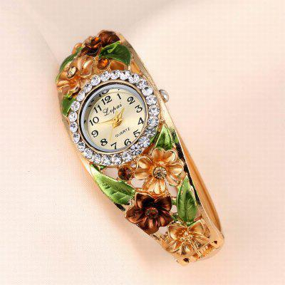 Lvpai P051 Women Flowers Bangle Quartz WatchesWomens Watches<br>Lvpai P051 Women Flowers Bangle Quartz Watches<br><br>Band material: Alloys<br>Band size: 18 x 0.7 cm<br>Case material: Alloy<br>Dial size: 1.8 x 1.8 x 0.7 cm<br>Display type: Analog<br>Movement type: Quartz watch<br>Package Contents: 1 x Watch<br>Package size (L x W x H): 9.00 x 8.50 x 3.00 cm / 3.54 x 3.35 x 1.18 inches<br>Package weight: 0.0400 kg<br>Product size (L x W x H): 18.00 x 1.80 x 0.70 cm / 7.09 x 0.71 x 0.28 inches<br>Product weight: 0.0390 kg<br>Shape of the dial: Round<br>Watch mirror: Mineral glass<br>Watch style: Jewellery, Fashion, Retro, Casual, Cool, Lovely, Childlike, Wristband Style<br>Watches categories: Women,Female table<br>Water resistance: No