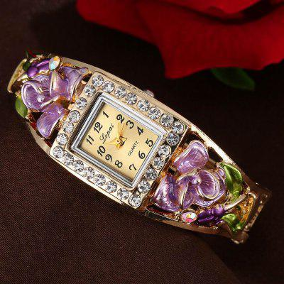 Lvpai P053 Women Unique Flowers Bangle Quartz WatchesWomens Watches<br>Lvpai P053 Women Unique Flowers Bangle Quartz Watches<br><br>Band material: Alloys<br>Band size: 18 x 0.7 cm<br>Case material: Alloy<br>Dial size: 1.5 x 1.8 x 0.7 cm<br>Display type: Analog<br>Movement type: Quartz watch<br>Package Contents: 1 x Watch<br>Package size (L x W x H): 26.00 x 5.00 x 1.00 cm / 10.24 x 1.97 x 0.39 inches<br>Package weight: 0.0430 kg<br>Product size (L x W x H): 18.00 x 1.50 x 0.70 cm / 7.09 x 0.59 x 0.28 inches<br>Product weight: 0.0420 kg<br>Shape of the dial: Rectangle<br>Watch mirror: Mineral glass<br>Watch style: Jewellery, Fashion, Retro, Casual, Cool, Lovely, Childlike, Wristband Style<br>Watches categories: Women,Female table<br>Water resistance: No