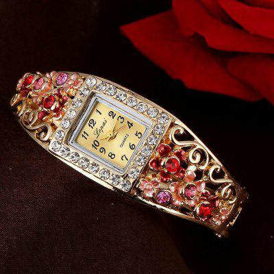 Lvpai P057 Women Unique Flowers Bangle Quartz WatchesWomens Watches<br>Lvpai P057 Women Unique Flowers Bangle Quartz Watches<br><br>Band material: Alloys<br>Band size: 18 x 0.7 cm<br>Case material: Alloy<br>Dial size: 1.5 x 1.8 x 0.7 cm<br>Display type: Analog<br>Movement type: Quartz watch<br>Package Contents: 1 x Watch<br>Package size (L x W x H): 26.00 x 5.00 x 1.00 cm / 10.24 x 1.97 x 0.39 inches<br>Package weight: 0.0510 kg<br>Product size (L x W x H): 18.00 x 1.50 x 0.70 cm / 7.09 x 0.59 x 0.28 inches<br>Product weight: 0.0400 kg<br>Shape of the dial: Rectangle<br>Watch mirror: Mineral glass<br>Watch style: Jewellery, Fashion, Retro, Casual, Cool, Lovely, Childlike, Wristband Style<br>Watches categories: Women,Female table<br>Water resistance: No