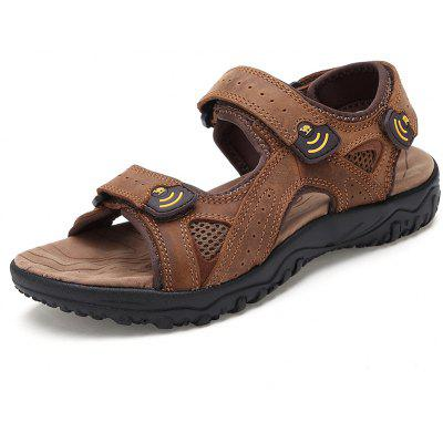 Men Magic Sticker Outdoor SandalsMens Sandals<br>Men Magic Sticker Outdoor Sandals<br><br>Available Size: 41 42 43 44<br>Closure Type: Hook / Loop<br>Embellishment: Ruched<br>Gender: For Men<br>Heel Hight: 2cm<br>Occasion: Casual<br>Outsole Material: Rubber<br>Package Contents: 1 xshoes(pair)<br>Pattern Type: Solid<br>Sandals Style: Gladiator<br>Style: Sport<br>Upper Material: Cow Split<br>Weight: 1.9800kg