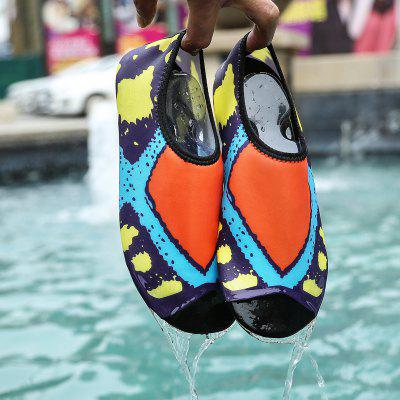 New Comfortable Breathable Cartoon Swimming ShoesWomens Casual Shoes<br>New Comfortable Breathable Cartoon Swimming Shoes<br><br>Available Size: 25-40<br>Closure Type: Slip-On<br>Flat Type: Ballet Flats<br>Gender: For Women<br>Occasion: Casual<br>Package Contents: 1xshoes(pair)<br>Package size (L x W x H): 30.00 x 20.00 x 10.00 cm / 11.81 x 7.87 x 3.94 inches<br>Package weight: 0.3000 kg<br>Pattern Type: Striped<br>Season: Summer, Spring/Fall<br>Toe Shape: Round Toe<br>Toe Style: Closed Toe<br>Upper Material: Cloth