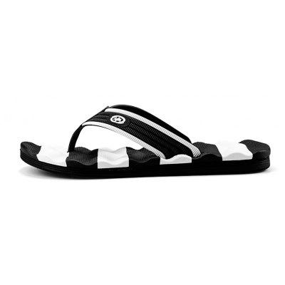 Outdoor Beach Non-slip Slipers for ManMens Slippers<br>Outdoor Beach Non-slip Slipers for Man<br><br>Available Size: 40,41,42,43,44<br>Embellishment: None<br>Gender: For Men<br>Outsole Material: Rubber<br>Package Contents: 1xShoes(pair)<br>Pattern Type: Striped<br>Season: Spring/Fall<br>Slipper Type: Outdoor<br>Style: Fashion<br>Upper Material: PU<br>Weight: 1.2000kg