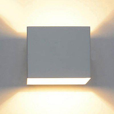 Bi-Directional Double Head Waterproof and Dimming LED Indoor Wall Lamp House