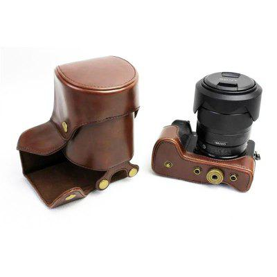 PU Leather Camera Case for Sony ILCE-6500 A6500 16-70 or 18-55 lensCamera Bags<br>PU Leather Camera Case for Sony ILCE-6500 A6500 16-70 or 18-55 lens<br><br>Applicable models: Sony ILCE-6500 A6500 16-70 or 18-55 lens<br>Package Contents: 1 x Camera Case , 1 x Shoulder Strap<br>Package size (L x W x H): 14.00 x 13.00 x 13.00 cm / 5.51 x 5.12 x 5.12 inches<br>Package weight: 0.1900 kg<br>Product size (L x W x H): 14.00 x 12.50 x 12.00 cm / 5.51 x 4.92 x 4.72 inches<br>Product weight: 0.1850 kg<br>Type: Leisure, Sling Shoulder, Other<br>Waterproof: No