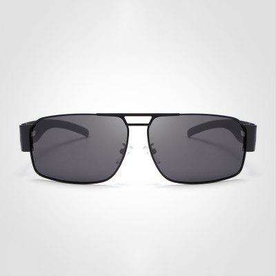 Retro Aluminum Sunglasses Polarized Lens Vintage Eyewear For MenMens Sunglasses<br>Retro Aluminum Sunglasses Polarized Lens Vintage Eyewear For Men<br><br>Frame material: Alloy<br>Gender: For Men<br>Group: Adult<br>Lens material: Resin<br>Package Contents: 1 x glasses<br>Package size (L x W x H): 17.00 x 15.00 x 9.00 cm / 6.69 x 5.91 x 3.54 inches<br>Package weight: 0.0700 kg<br>Product size (L x W x H): 15.00 x 13.50 x 4.40 cm / 5.91 x 5.31 x 1.73 inches<br>Style: Square