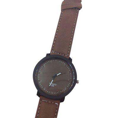 Simple Fashion PU Band Men WatchMens Watches<br>Simple Fashion PU Band Men Watch<br><br>Band material: PU<br>Case material: Resin<br>Clasp type: Pin buckle<br>Movement type: Quartz watch<br>Package Contents: 1 x Watch<br>Package size (L x W x H): 23.00 x 4.50 x 1.00 cm / 9.06 x 1.77 x 0.39 inches<br>Package weight: 0.3700 kg<br>Product size (L x W x H): 22.70 x 4.30 x 1.00 cm / 8.94 x 1.69 x 0.39 inches<br>Product weight: 0.3500 kg<br>Shape of the dial: Round<br>Watch style: Fashion<br>Watches categories: Men