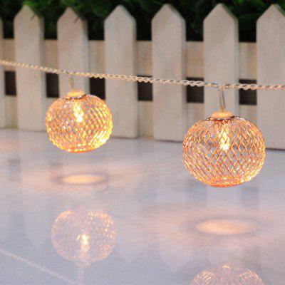 Battery-Powered Iron Bronze Lantern String Light for Home and Garden Decoration 10 LEDs and 1.65mLED Strips<br>Battery-Powered Iron Bronze Lantern String Light for Home and Garden Decoration 10 LEDs and 1.65m<br><br>Beam Angle: 300<br>Color Temperature or Wavelength: 3000-3200K<br>Features: Festival Lighting<br>LED Quantity: 10<br>Length ( m ): 1.65 m<br>Light Source: LED<br>Package Content: 1 x Iron Bronze Lantern String Light<br>Package size (L x W x H): 10.00 x 10.00 x 12.00 cm / 3.94 x 3.94 x 4.72 inches<br>Package weight: 0.2500 kg<br>Product size (L x W x H): 165.00 x 4.00 x 4.00 cm / 64.96 x 1.57 x 1.57 inches<br>Product weight: 0.2300 kg<br>Type: String Lights<br>Voltage: 3V<br>Wattage (W): 3