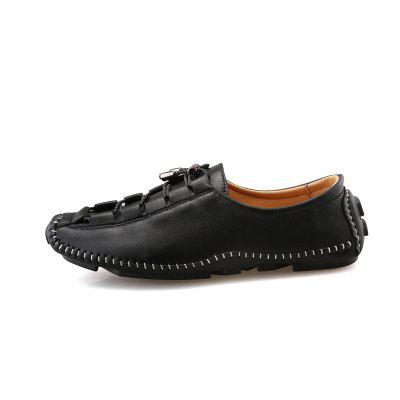 Mens New British Fashion Trend Peas ShoesFlats &amp; Loafers<br>Mens New British Fashion Trend Peas Shoes<br><br>Available Size: 39-44<br>Closure Type: Slip-On<br>Flat Type: T-Strap<br>Gender: For Men<br>Occasion: Casual<br>Package Contents: 1xShoes(Pair)<br>Package size (L x W x H): 30.00 x 20.00 x 10.00 cm / 11.81 x 7.87 x 3.94 inches<br>Package weight: 0.4500 kg<br>Pattern Type: Solid<br>Season: Spring/Fall<br>Toe Shape: Round Toe<br>Toe Style: Closed Toe<br>Upper Material: PU