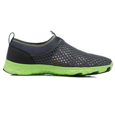 Mens Woven Mesh Hollow Breathable Running ShoesMen's Sneakers<br>Mens Woven Mesh Hollow Breathable Running Shoes<br><br>Available Size: 39-44<br>Closure Type: Slip-On<br>Feature: Breathable<br>Gender: For Men<br>Outsole Material: PVC<br>Package Contents: 1x shoes(pair)<br>Package Size(L x W x H): 30.00 x 20.00 x 10.00 cm / 11.81 x 7.87 x 3.94 inches<br>Package weight: 0.6000 kg<br>Pattern Type: Others<br>Season: Summer<br>Upper Material: Cotton Fabric
