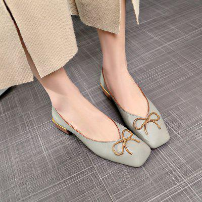 Butterfly Knot Leisure College Style ShoesWomens Pumps<br>Butterfly Knot Leisure College Style Shoes<br><br>Available Size: 35.36.37.38.39<br>Closure Type: Slip-On<br>Embellishment: Bowknot<br>Gender: For Women<br>Outsole Material: Rubber<br>Package Contents: 1 x shoes?pair?<br>Pattern Type: Others<br>Season: Summer, Spring/Fall<br>Toe Shape: Square Toe<br>Toe Style: Closed Toe<br>Upper Material: PU<br>Weight: 1.0800kg