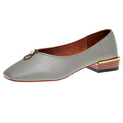 Pearl Square All-match Thick Shallow Mouth ShoesWomens Flats<br>Pearl Square All-match Thick Shallow Mouth Shoes<br><br>Available Size: 35,36,37,38,39<br>Closure Type: Slip-On<br>Embellishment: Metal<br>Gender: For Women<br>Outsole Material: Rubber<br>Package Contents: 1xShoes pair<br>Pattern Type: Solid<br>Season: Spring/Fall<br>Toe Shape: Square Toe<br>Toe Style: Closed Toe<br>Upper Material: PU<br>Weight: 0.6240kg