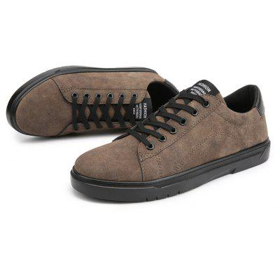 Solid Lace Up Fashion Casual Flat ShoesMen's Sneakers<br>Solid Lace Up Fashion Casual Flat Shoes<br><br>Available Size: 39 40 41 42 43 44<br>Closure Type: Lace-Up<br>Embellishment: Letter<br>Gender: For Men<br>Outsole Material: Rubber<br>Package Contents: 1?Shoes(pair)<br>Pattern Type: Others<br>Season: Spring/Fall<br>Toe Shape: Round Toe<br>Toe Style: Closed Toe<br>Upper Material: PU<br>Weight: 1.0200kg