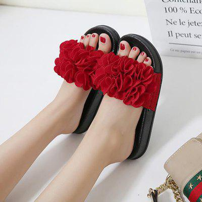 New Summer Flowers Flat Joker Character SlippersSlippers &amp; Flip-Flops<br>New Summer Flowers Flat Joker Character Slippers<br><br>Available Size: 35,36,37,38,39,40,41,42,43,44<br>Gender: For Women<br>Heel Type: Flat Heel<br>Package Contents: 1 x Shoes?Pair?<br>Pattern Type: Floral<br>Season: Spring/Fall, Summer<br>Slipper Type: Outdoor<br>Style: Sweet<br>Upper Material: PU<br>Weight: 0.8960kg