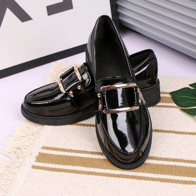 Spring Section of Thick Casual Comfort Lace Style School ShoesWomens Oxfords<br>Spring Section of Thick Casual Comfort Lace Style School Shoes<br><br>Available Size: 35 36 37 38 39 40<br>Embellishment: Sequined<br>Heel Height Range: Low(0.75-1.5)<br>Heel Type: Low Heel<br>Insole Material: PU<br>Lining Material: Lycra<br>Occasion: Office &amp; Career<br>Outsole Material: Rubber<br>Package Contents: 1 x Shoes (pair)<br>Pumps Type: T-Strap<br>Season: Summer, Spring/Fall<br>Shoe Width: Medium(B/M)<br>Toe Style: Closed Toe<br>Upper Material: PU<br>Weight: 1.3200kg