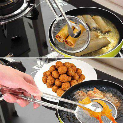 Portable Sifter Colander Oil-Frying Spoon with Clip Stainless Steel Baking ToolBaking &amp; Pastry Tools<br>Portable Sifter Colander Oil-Frying Spoon with Clip Stainless Steel Baking Tool<br><br>Material: Stainless Steel<br>Package Contents: 1 x Kitchen Strainer<br>Package size (L x W x H): 28.50 x 10.50 x 2.50 cm / 11.22 x 4.13 x 0.98 inches<br>Package weight: 0.0420 kg<br>Product size (L x W x H): 28.00 x 10.00 x 2.00 cm / 11.02 x 3.94 x 0.79 inches<br>Product weight: 0.0400 kg<br>Type: Bakeware, Cookware
