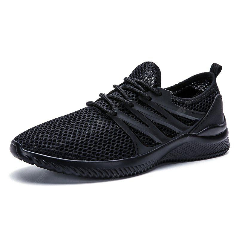 Mesh Breathable Outdoor Athletic Shoes For Men