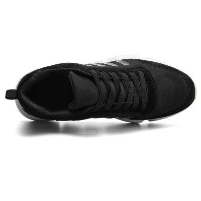 New Mens Lightweight Solid Color Classic SneakersMen's Sneakers<br>New Mens Lightweight Solid Color Classic Sneakers<br><br>Available Size: 39-44<br>Closure Type: Lace-Up<br>Feature: Breathable<br>Gender: For Men<br>Outsole Material: PU<br>Package Contents: 1 x shoes(pair)<br>Package Size(L x W x H): 33.00 x 20.00 x 12.00 cm / 12.99 x 7.87 x 4.72 inches<br>Package weight: 0.5000 kg<br>Pattern Type: Plaid<br>Product weight: 0.5000 kg<br>Season: Spring/Fall<br>Upper Material: Microfiber