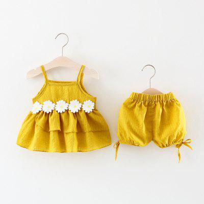 Baby Girls Shorts Set 2pcs Ruffled Tank Top and Clothesbaby clothing sets<br>Baby Girls Shorts Set 2pcs Ruffled Tank Top and Clothes<br><br>Closure Type: Pullover<br>Collar: Collarless<br>Gender: Girl<br>Head Drawstring: Without<br>Material: Cotton<br>Neck Drawstring: Without<br>Package Contents: 1 x Suit<br>Season: Summer<br>Sleeve Length: Sleeveless<br>Style: Fashion<br>Thickness: Thin<br>Weight: 0.1200kg