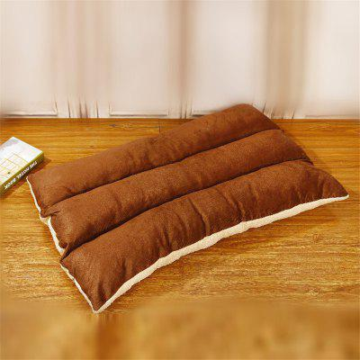 Removable and Washable Pet Bed Cushion Mat Sleeping SofaCat Beds &amp; Furniture<br>Removable and Washable Pet Bed Cushion Mat Sleeping Sofa<br><br>For: Cats, Dogs<br>Material: Coral FLeece<br>Package Contents: 1 x Pet Mat<br>Package size (L x W x H): 25.00 x 25.00 x 10.00 cm / 9.84 x 9.84 x 3.94 inches<br>Package weight: 1.0000 kg<br>Product weight: 0.7000 kg<br>Season: All seasons<br>Type: Houses&amp;Kennels &amp; Pens