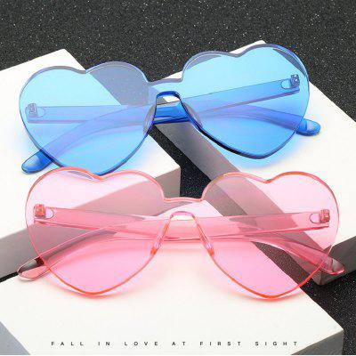 ZHAXIN Candy Color Oversize Integrated Heart Shaped SunglassesWomens Sunglasses<br>ZHAXIN Candy Color Oversize Integrated Heart Shaped Sunglasses<br><br>Frame Length: 143mm<br>Frame material: PC<br>Gender: For Women<br>Group: Adult<br>Lens height: 59mm<br>Lens material: Resin<br>Lens width: 66mm<br>Lenses Optical Attribute: Polarized<br>Nose: 20mm<br>Package Contents: 1 x Glasses<br>Package size (L x W x H): 15.00 x 7.00 x 7.00 cm / 5.91 x 2.76 x 2.76 inches<br>Package weight: 0.0530 kg<br>Product size (L x W x H): 14.30 x 5.90 x 14.10 cm / 5.63 x 2.32 x 5.55 inches<br>Product weight: 0.0430 kg<br>Style: Round<br>Temple Length: 141mm