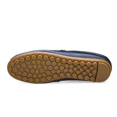 Sandals Beach Casual Shoes Slippers Flip Flops Beach Summer FlatsSneakersFlats &amp; Loafers<br>Sandals Beach Casual Shoes Slippers Flip Flops Beach Summer FlatsSneakers<br><br>Available Size: 38-44<br>Closure Type: Lace-Up<br>Feature: Breathable<br>Gender: For Men<br>Outsole Material: Rubber<br>Package Contents: 1?Shoes(pair)<br>Package Size(L x W x H): 30.00 x 20.00 x 10.00 cm / 11.81 x 7.87 x 3.94 inches<br>Package weight: 0.5000 kg<br>Pattern Type: Others<br>Product weight: 0.4000 kg<br>Season: Spring/Fall<br>Shoe Width: Medium(B/M)<br>Upper Material: Leather