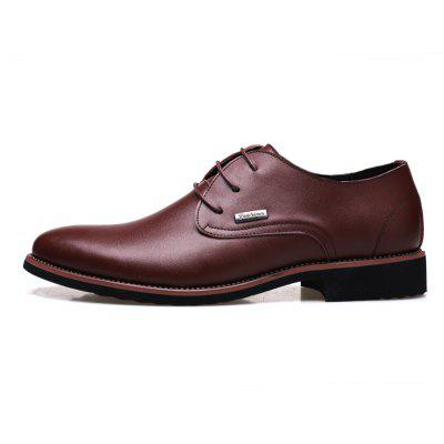 Men New Trend for Fashion Outdoor Walking Lace Up Leather Business ShoesFormal Shoes<br>Men New Trend for Fashion Outdoor Walking Lace Up Leather Business Shoes<br><br>Available Size: 38 39 40 41 42 43 44<br>Closure Type: Lace-Up<br>Embellishment: Sequined<br>Gender: For Men<br>Occasion: Office &amp; Career<br>Outsole Material: Rubber<br>Package Contents: 1 x Shoes(pair)<br>Pattern Type: Solid<br>Season: Summer, Winter, Spring/Fall<br>Toe Shape: Pointed Toe<br>Toe Style: Closed Toe<br>Upper Material: Cow Split<br>Weight: 1.4784kg