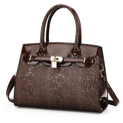 DA920-1Ladies Snakeskin Embossed Shoulder HandbagCrossbody Bags<br>DA920-1Ladies Snakeskin Embossed Shoulder Handbag<br><br>Closure Type: Zipper<br>Gender: For Women<br>Handbag Type: Totes<br>Interior: Zipper Pouch, Interior Compartment, Interior Zipper Pocket, Cell Phone Pocket, Interior Slot Pocket<br>Main Material: PU<br>Occasion: Versatile<br>Package Contents: 2xBag<br>Package size (L x W x H): 32.00 x 14.00 x 22.00 cm / 12.6 x 5.51 x 8.66 inches<br>Package weight: 0.5300 kg<br>Pattern Type: Others<br>Product size (L x W x H): 32.00 x 14.00 x 22.00 cm / 12.6 x 5.51 x 8.66 inches<br>Product weight: 0.5300 kg<br>Style: Fashion