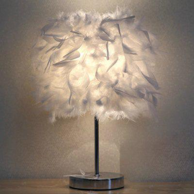 Modern Creative Feather Table LampDecorative Lights<br>Modern Creative Feather Table Lamp<br><br>Color: White<br>Decorative Style: Simple and Modern<br>Material: Metal<br>Package Contents: 1 x Table Lamp<br>Package size (L x W x H): 25.00 x 13.00 x 13.00 cm / 9.84 x 5.12 x 5.12 inches<br>Package weight: 0.4600 kg<br>Product size (L x W x H): 35.00 x 12.00 x 12.00 cm / 13.78 x 4.72 x 4.72 inches<br>Product weight: 0.3000 kg