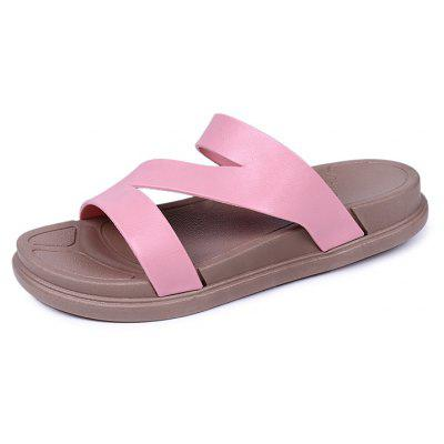Lady'S Flat Bottomed Sandals and Slippers