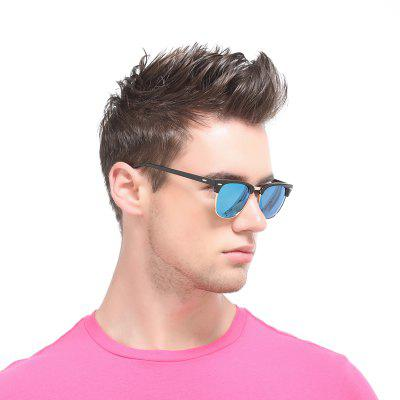 COOLSIR 3016 Classic Colorful Polarized Sunglasses for Man and WomenMens Sunglasses<br>COOLSIR 3016 Classic Colorful Polarized Sunglasses for Man and Women<br><br>Frame Color: Black<br>Frame Length: 141mm<br>Frame material: PC<br>Gender: Unisex<br>Group: Adult<br>Lens height: 43mm<br>Lens material: TAC<br>Lens width: 51mm<br>Lenses Optical Attribute: Polarized<br>Nose: 21mm<br>Package Contents: 1 x Pair of Sunglasses,1 x Spectacles Case, 1 x Glasses Bag<br>Package size (L x W x H): 16.00 x 6.00 x 6.00 cm / 6.3 x 2.36 x 2.36 inches<br>Package weight: 0.0900 kg<br>Product size (L x W x H): 14.20 x 14.10 x 4.30 cm / 5.59 x 5.55 x 1.69 inches<br>Product weight: 0.0300 kg<br>Style: Oval<br>Temple Length: 142mm