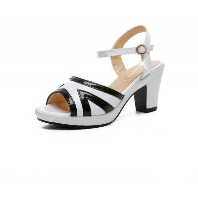 Color Word Buckle Fashion All-match Thick Heeled Sandals