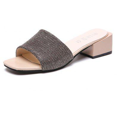 A Coarse with Outdoor All-Match Women Sandals and Slippers