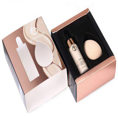 O.TWO.O Foundation Set with Puff puff liquid foundation 216