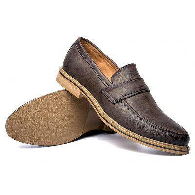 Men Solid High Quality Durable Leather Shoes for Casual OccassionFormal Shoes<br>Men Solid High Quality Durable Leather Shoes for Casual Occassion<br><br>Available Size: 38 39 40 41 42 43<br>Closure Type: Slip-On<br>Embellishment: None<br>Gender: For Men<br>Occasion: Casual<br>Outsole Material: Rubber<br>Package Contents: 1?Shoes(pair)<br>Pattern Type: Others<br>Season: Summer<br>Toe Shape: Pointed Toe<br>Toe Style: Closed Toe<br>Upper Material: Leather<br>Weight: 1.0200kg