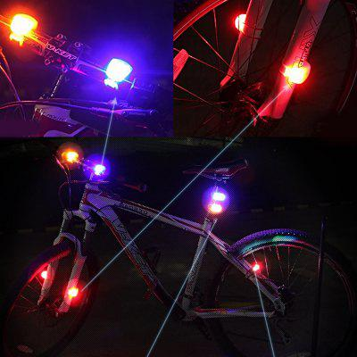 Mountain Bike Equipment Accessories Silicone TaillightsBike Lights<br>Mountain Bike Equipment Accessories Silicone Taillights<br><br>Package Contents: 1 x Bicycle Rear Light<br>Package Dimension: 6.00 x 4.00 x 4.50 cm / 2.36 x 1.57 x 1.77 inches<br>Package weight: 0.0420 kg<br>Product Dimension: 5.80 x 3.50 x 4.20 cm / 2.28 x 1.38 x 1.65 inches<br>Product weight: 0.0400 kg<br>Suitable for: Mountain Bicycle, Touring Bicycle<br>Type: Tail Light