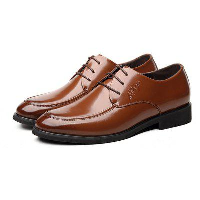 MUHUISEN Men Dress Formal Leather Lace Up  Male  Business Wedding ShoesFormal Shoes<br>MUHUISEN Men Dress Formal Leather Lace Up  Male  Business Wedding Shoes<br><br>Brand: MUHUISEN<br>Closure Type: Lace-Up<br>Contents: 1 x Pair of Shoes<br>Function: Slip Resistant<br>Lining Material: PU<br>Materials: Leather<br>Occasion: Hotel Uniforms, Tea Party, Shopping, Office, Daily, Holiday, Dress, Party, Formal, Casual, Rainy Day<br>Outsole Material: Rubber<br>Package Size ( L x W x H ): 32.00 x 20.00 x 12.00 cm / 12.6 x 7.87 x 4.72 inches<br>Package weight: 1.1000 kg<br>Pattern Type: Solid<br>Product weight: 0.8000 kg<br>Seasons: Spring,Summer,Winter,Autumn<br>Style: Comfortable, Leisure, Business, Fashion, Casual, Formal<br>Toe Shape: Round Toe<br>Type: Casual Leather Shoes