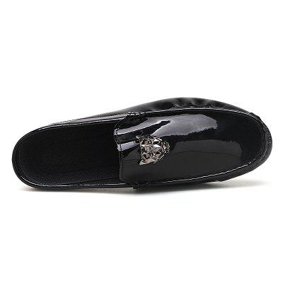 Shining Upper Fashion Men Summer SlippersFlats &amp; Loafers<br>Shining Upper Fashion Men Summer Slippers<br><br>Available Size: 39 40 41 42 43 44<br>Embellishment: None<br>Gender: For Men<br>Outsole Material: Rubber<br>Package Contents: 1?Shoes(pair)<br>Pattern Type: Others<br>Season: Summer<br>Slipper Type: Outdoor<br>Style: Punk<br>Upper Material: Patent Leather<br>Weight: 1.0200kg