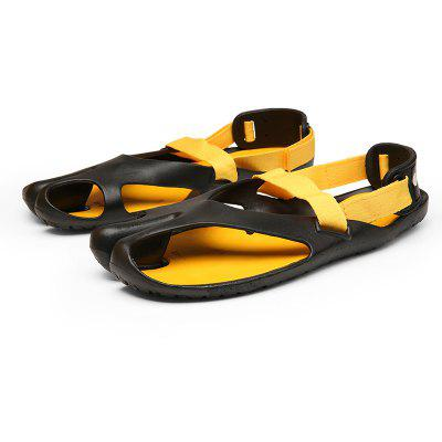 ZEACAVA Casual Men Sandals Patchwork Fashion Slippers Leisure Flip FlopsMens Slippers<br>ZEACAVA Casual Men Sandals Patchwork Fashion Slippers Leisure Flip Flops<br><br>Closure Type: Slip-On<br>Contents: 1 x Pair of Shoes<br>Decoration: Hollow Out<br>Function: Slip Resistant<br>Materials: Rubber<br>Occasion: Casual, Daily<br>Outsole Material: Rubber<br>Package Size ( L x W x H ): 30.00 x 20.00 x 10.00 cm / 11.81 x 7.87 x 3.94 inches<br>Package weight: 0.3000 kg<br>Pattern Type: Solid<br>Product weight: 0.2000 kg<br>Seasons: Summer<br>Style: Comfortable, Fashion, Casual<br>Toe Shape: Round Toe<br>Type: Slippers<br>Upper Material: PU