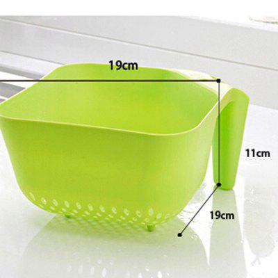 1PC Macroart Drain Basket for Fruits VegetablesOther Kitchen Accessories<br>1PC Macroart Drain Basket for Fruits Vegetables<br><br>Material: Plastic<br>Package Contents: 1 x Drain Basket<br>Package size (L x W x H): 20.00 x 20.00 x 5.00 cm / 7.87 x 7.87 x 1.97 inches<br>Package weight: 0.0900 kg<br>Type: Other Kitchen Accessories